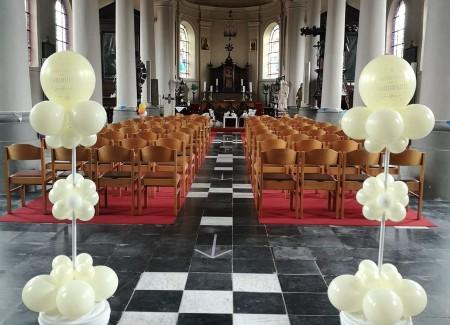 Ballonnen communie kerk