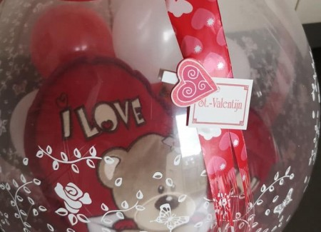 Kadoballon Valentijn met kussen 2