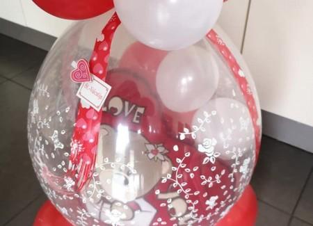 Kadoballon Valentijn met kussen