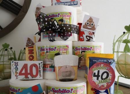 Schijt aan je leeftijd taart het leven begint bij 40!